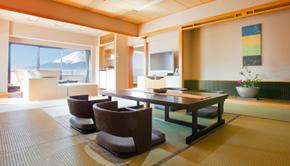 露天風呂付 (温泉) 客室 (和室12畳+リビング+バルコニー)