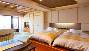 露天風呂付 (温泉) 和洋室 (和室8畳+ツインベッド)