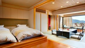足湯付 (温泉) 和洋室 (和室8畳+ツインベッド)
