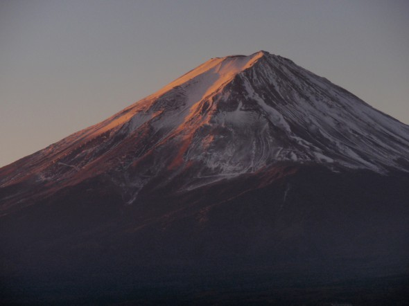 Mount Fuji which bathes in the morning sun
