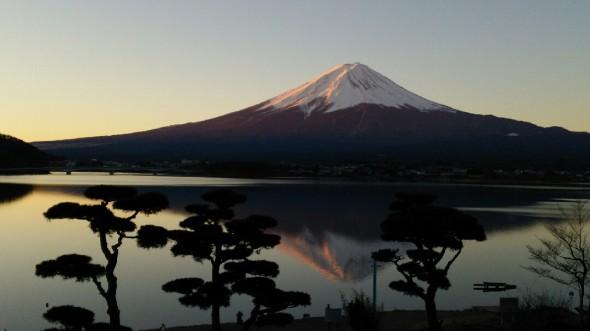 紅富士の逆さ富士