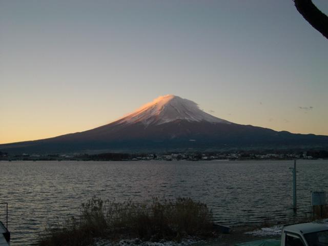 河口湖富士の朝