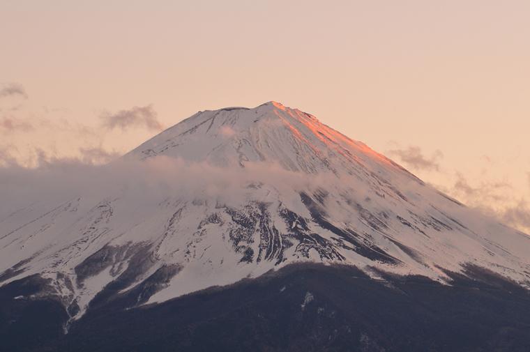 夕陽の山頂