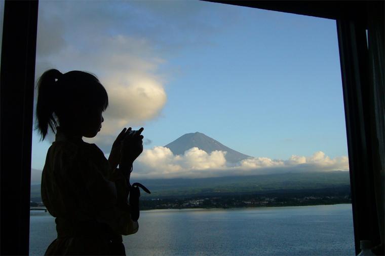 富士山確認中・・・