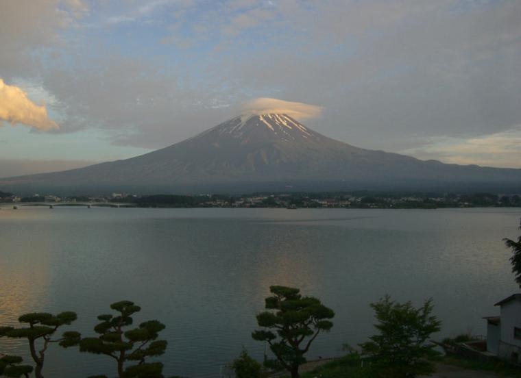 夕暮れの富士山 早朝の富士