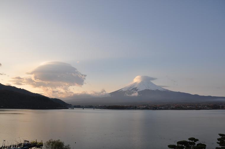 富士と雲富士