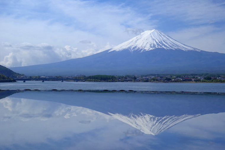 Double Beautiful Fuji